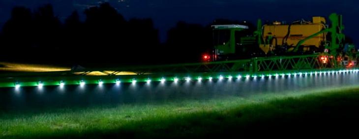 Подсвітка штанги, освітлення обприскувача, штанга оприскувача, підсвітка форсунки, led spray, led light sprayer, подсветка на самоходку, фонарь led трактор, led трактор, led ip68, светодиодные огни для агро, агро led, LED AGRO