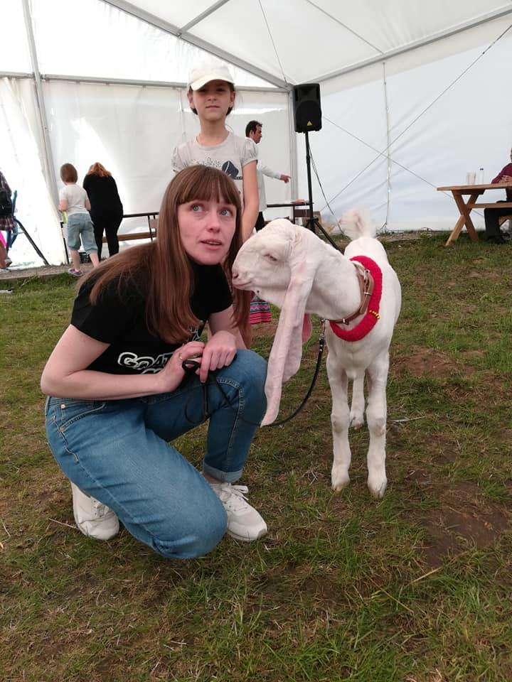 мария барбосова на выставке коз