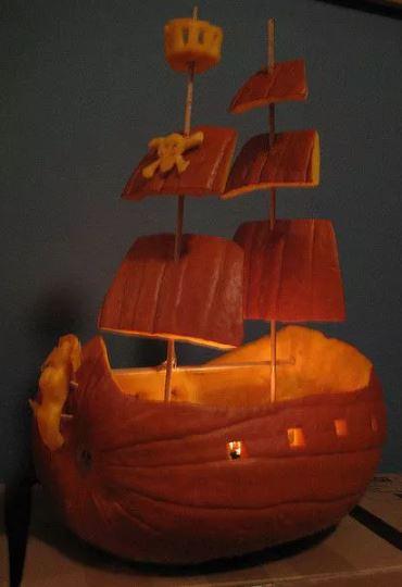 тыква пиратский корабль